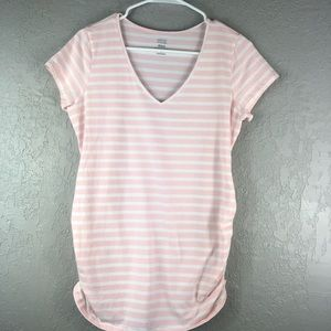 Old navy v neck fitted tee size medium